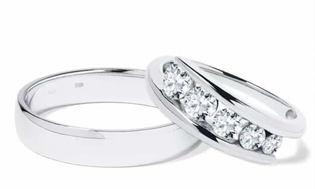 Zásnubní a snubní prsteny z bílého zlata