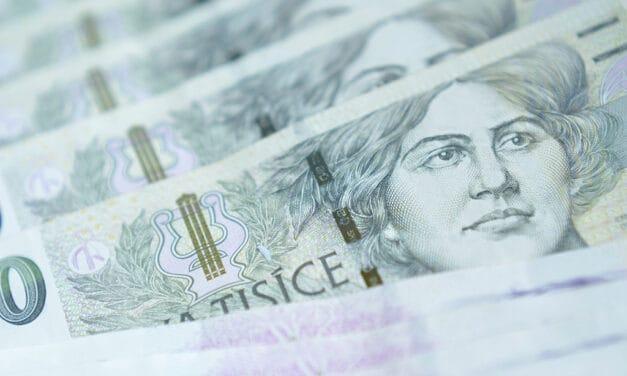 Jak darovat peníze: láhev, přání nebo fotorámeček