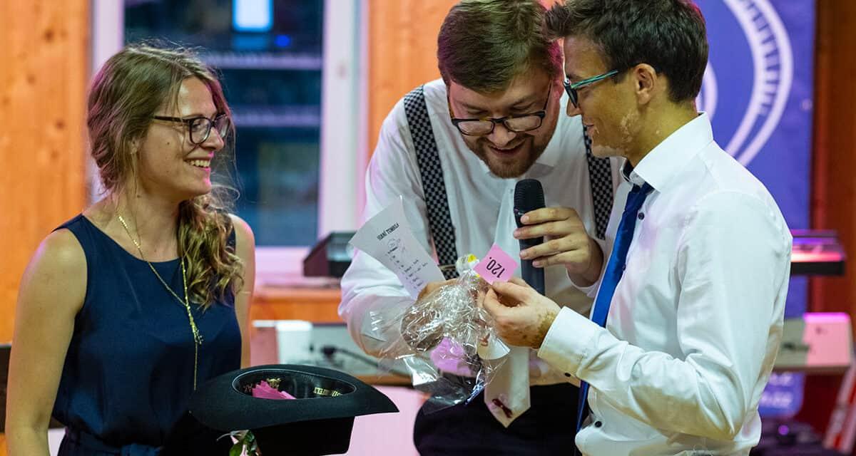 Svatební tombola: hra, která novomanželům přilepší