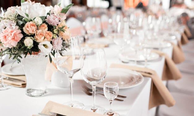 Jaký má být správný zasedací pořádek na svatbě?